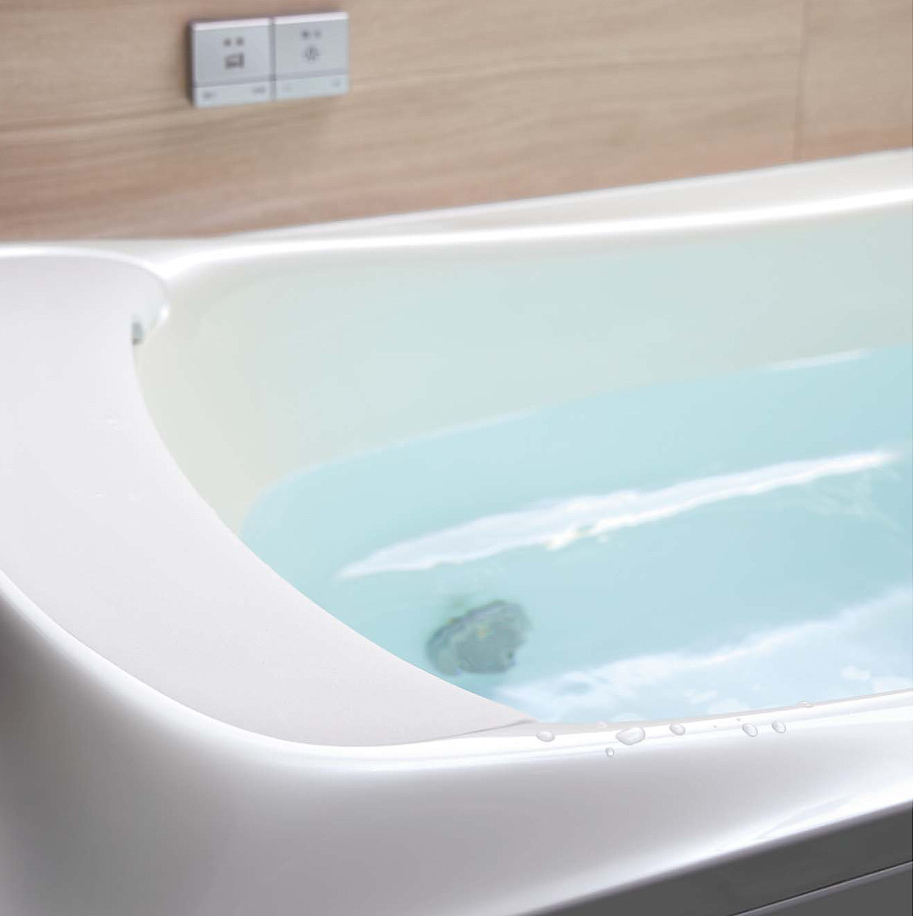 人工大理石浴槽 TOTO