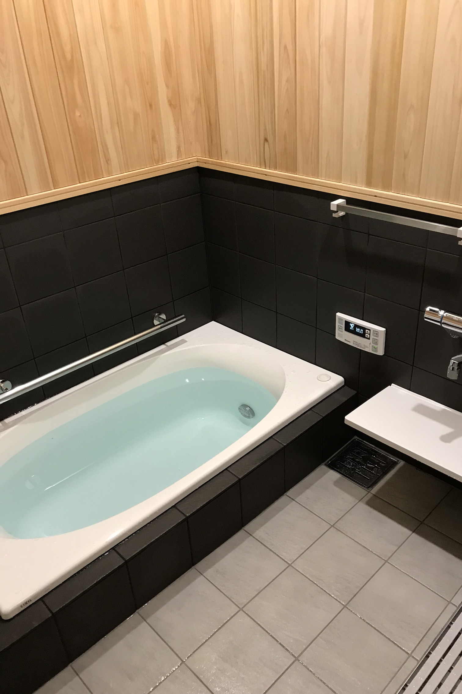在来浴室リフォーム 檜壁